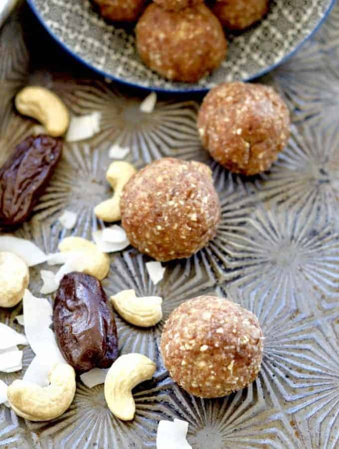 Cashew Coconut Energy Balls