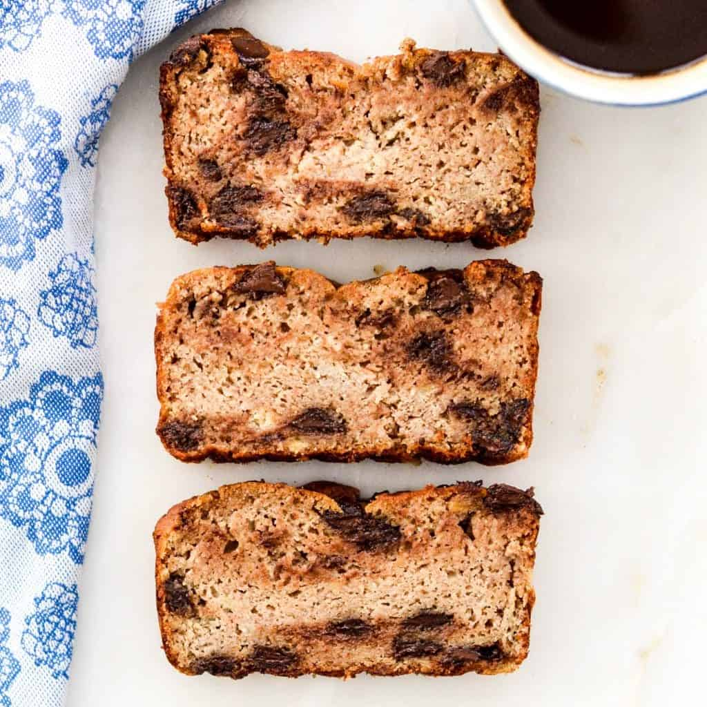 The very best Paleo Banana Bread! Easy to make, super healthy and crazy delicious!