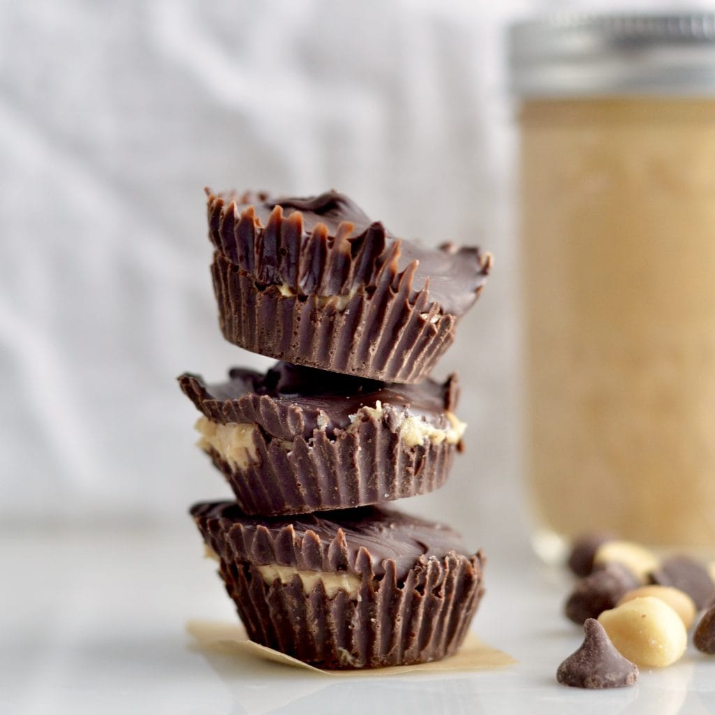 Vanilla Bean Peanut Butter Cups! An easy, two ingredient recipe for chocolate & peanut butter lovers everywhere. Gluten-free & dairy-free!