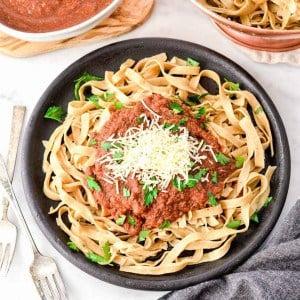 Blender Fresh Tomato & Zucchini Pasta Sauce