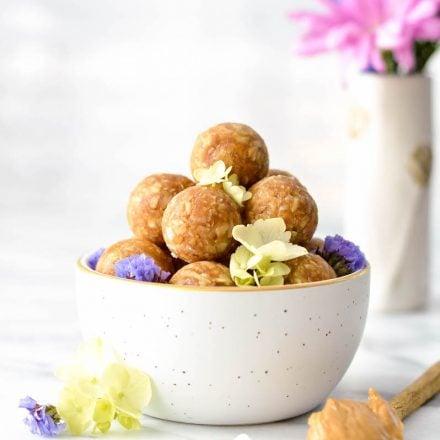Peanut Butter Oatmeal & Coconut Energy Bites {& Fun Back-To-School Lunchbox Ideas}!