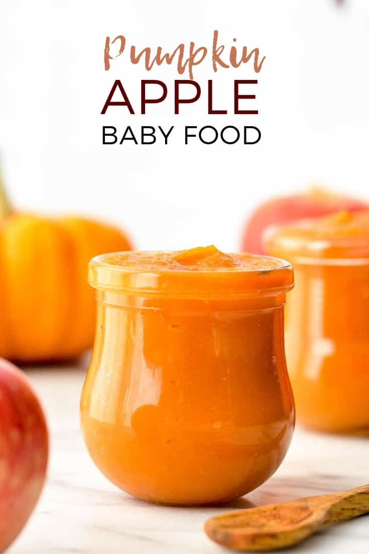 This Homemade Apple & Pumpkin Baby Food Puree is an easy & healthy recipe to feed your baby this fall! Only 3 ingredients (pumpkin, apples & water) means that it's naturally gluten-free, dairy-free, & vegan with no preservatives, food coloring or additives! #homemadebabyfood #pumpkin #pupmkinbabyfood #babyfood #vitamix