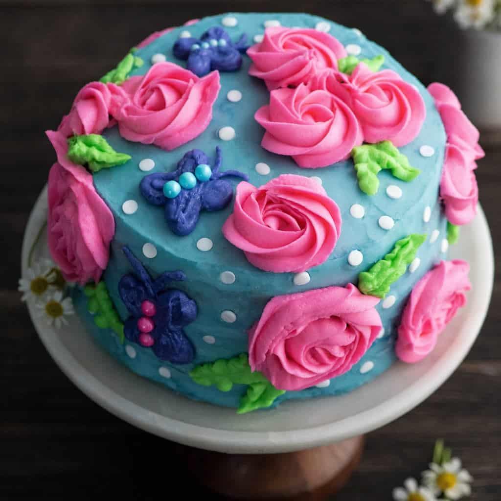 Moments 01.2018 JoyFoodSunshine Birthday Cake with Homemade vanilla Frosting