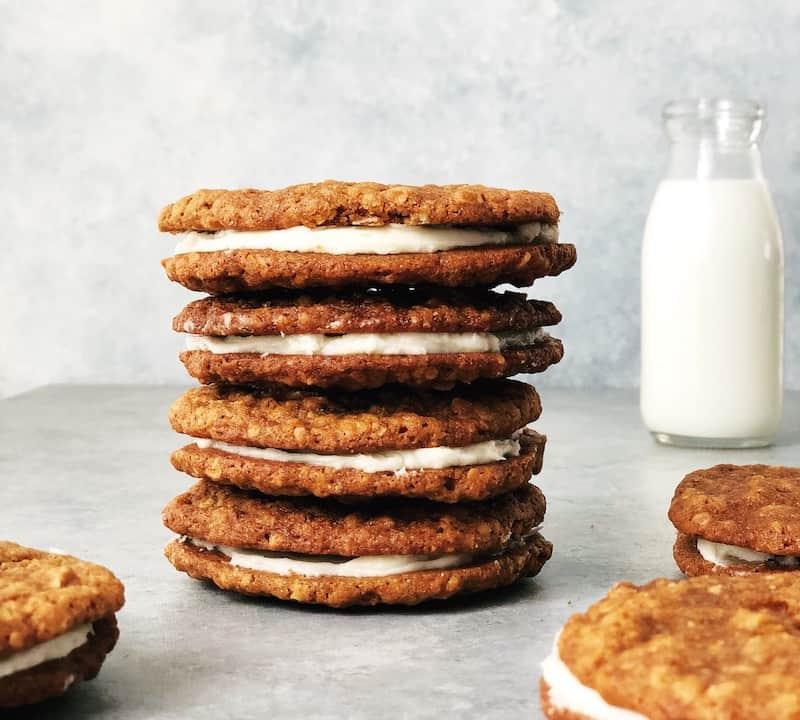 Moments 07.2018 JoyFoodSunshine oatmeal cream pies