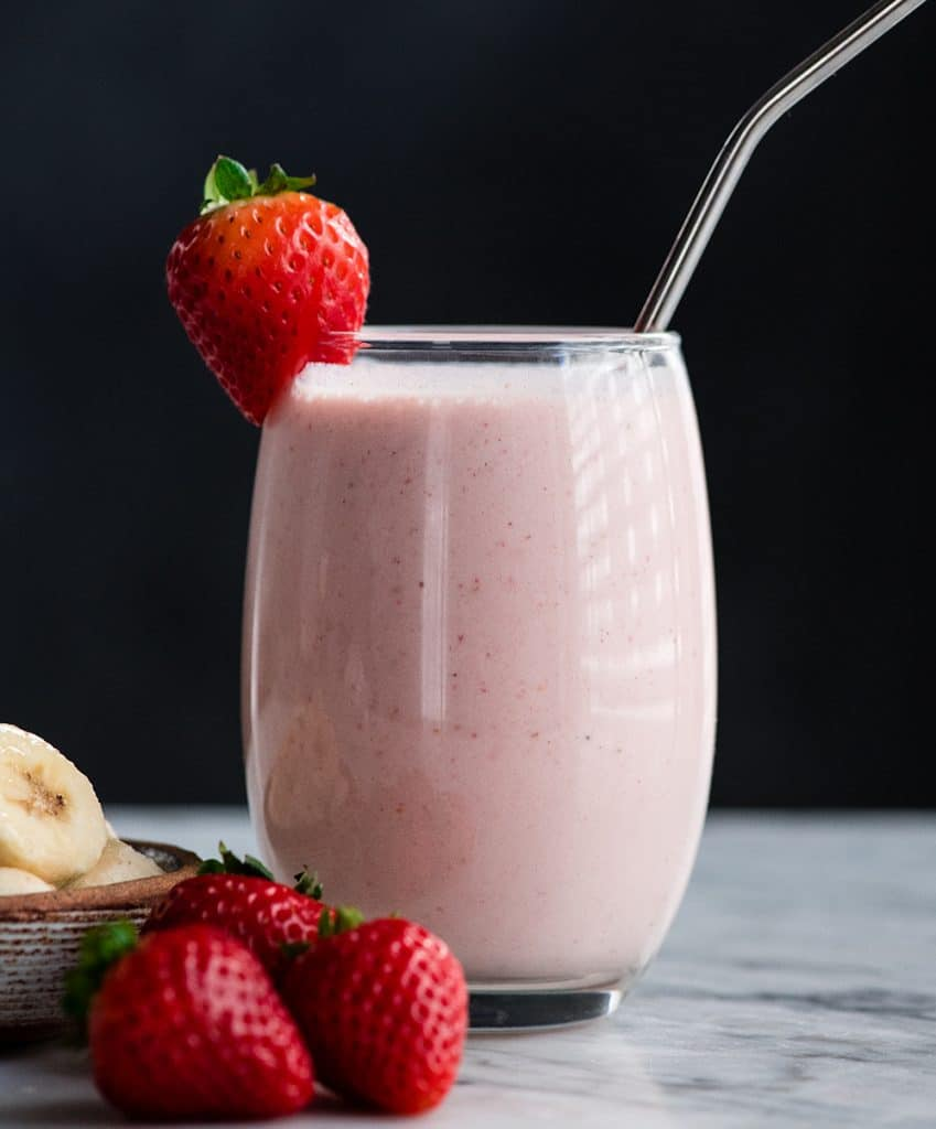 Healthy Strawberry Banana Smoothie Video Joyfoodsunshine