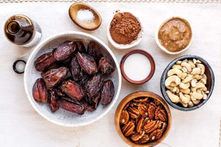 overhead view of the ingredients in these date energy balls