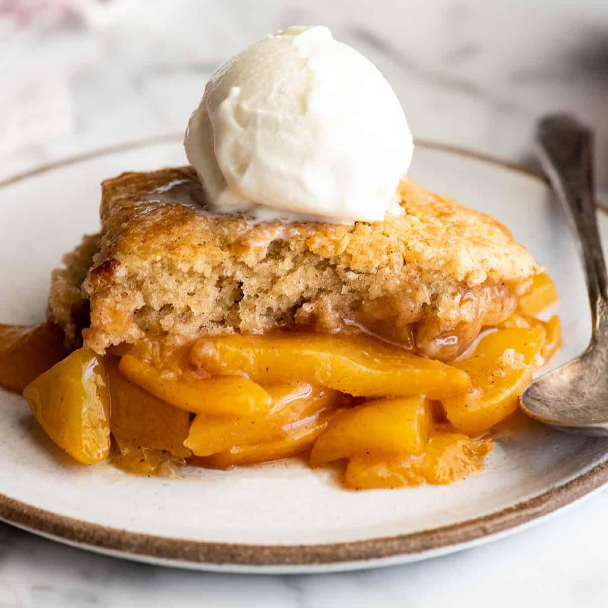 Best Peach Cobbler Recipe - JoyFoodSunshine