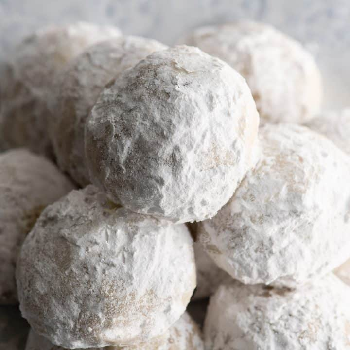 up close view of snowball cookies