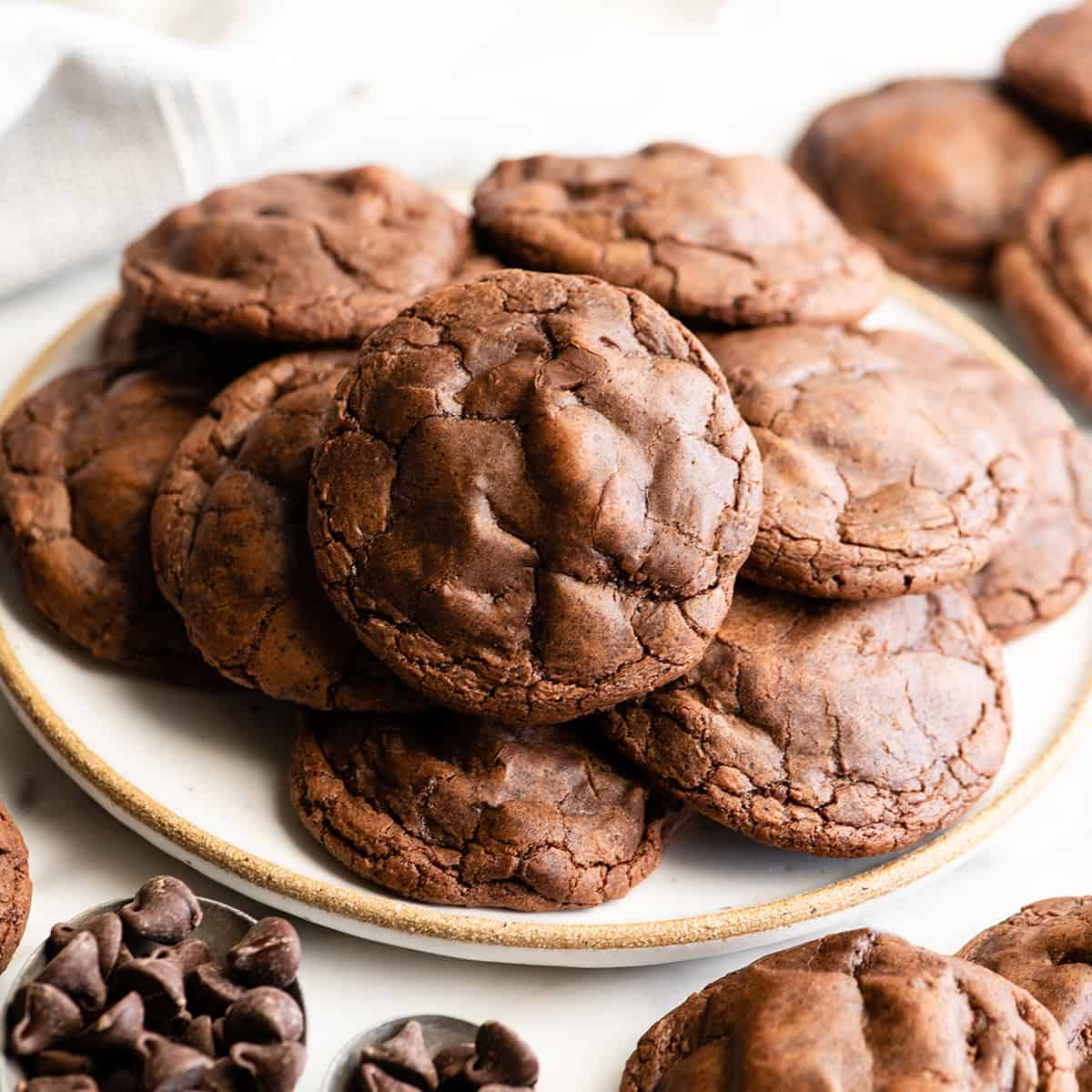 a plate of Chocolate Brownie Cookies