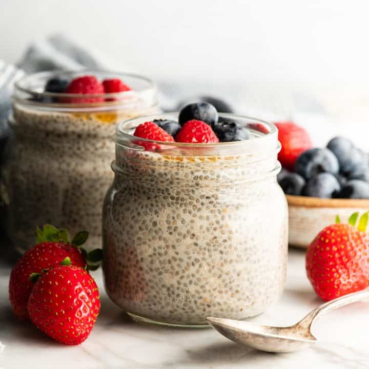 front photo of two jars of chia pudding