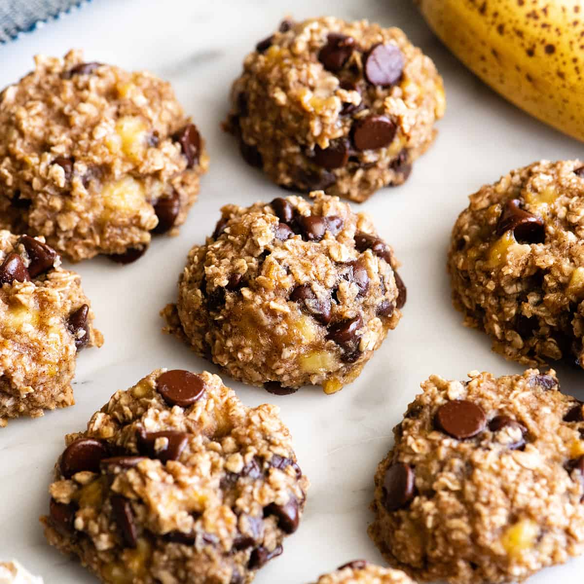6 Banana Oatmeal Cookies