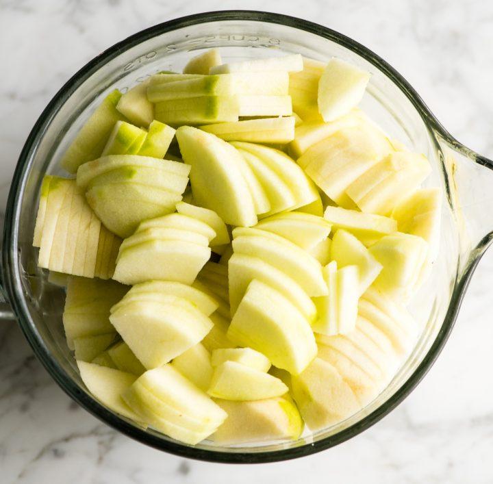 overhead view of apples sliced to make apple crisp
